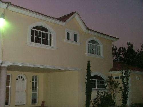 Bonita casa en venta, en fraccionamiento la capilla