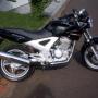 Moto de Agencia casi sin usar. HONDA TWISTER 250cc negra