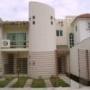 Casa sola en renta, Calle BONITA CASA EN RENTA, BUENA UBICACION, Col. , Benito Juárez/Cancún, Quintana Roo