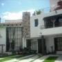Casa sola en compra, Calle MX$ 2,500,000 - 2 cuartos - Urge venta c, Col. , Morelia, Michoacán