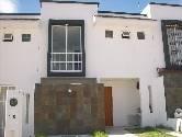 Casa sola en renta, Calle MX$ 3,600 /mes - - Rento casa nueva y bo, Col. , Aguascalientes, Aguascalientes