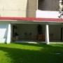Casa sola en renta, Calle Renta casa (1000 m2 T) amplio jard&iacut, Col. , Guadalajara, Jalisco