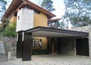 Casa sola en compra, Calle Izar, Col. Avándaro, Valle de Bravo, Edo. de México