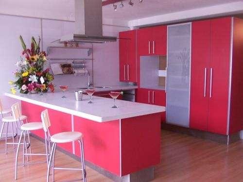 Fabrica de puertas de foil, melamina y gabinetes para cocina