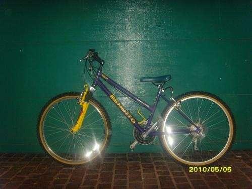 Vendo preciosa bicicleta nueva benotto