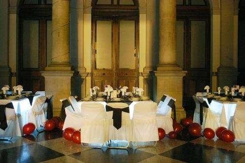 Patio neoclasico en el centro historico, banquete incluido.
