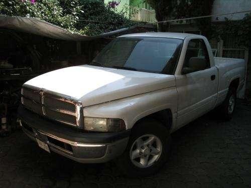 Exelente camioneta dodge ram 2500 modelo 2000
