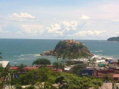 Hotel en condesa acapulco, a dos calles de costera miguel aleman.