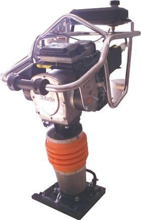 Apisonadora de concreto tocker - motor robin - modelo ram 70