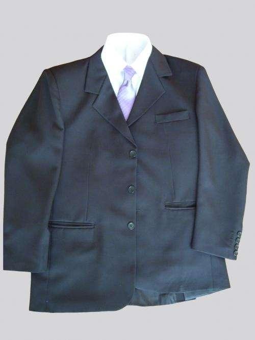 Trajes de caballero, camisas de vestir y pantalones de vestir
