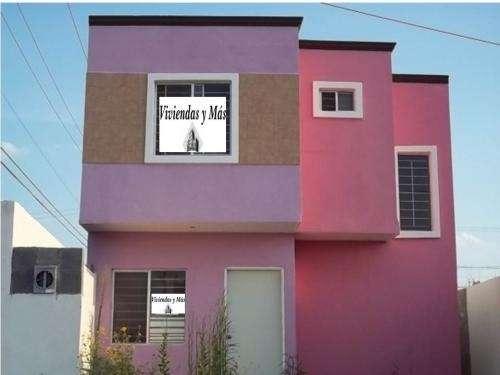 Vendo casa de 2 plantas en esquina en villa florida