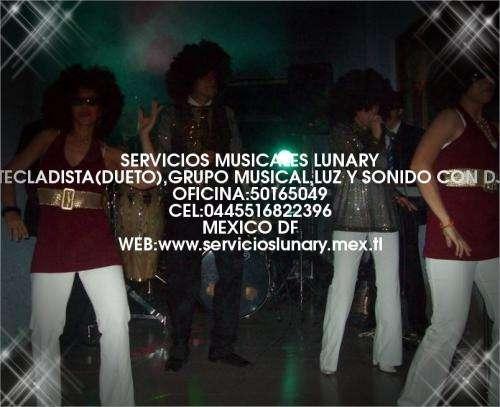Grupo musical y tecladista lunary vea videos