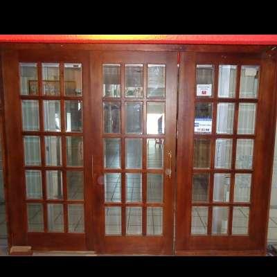 Puertas madera y vidrio puertas madera with puertas for Puerta corrediza de madera