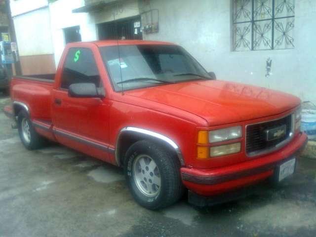 """Vendo hermosa camioneta chevrolet cheyenne 400ss 1997. """" urge """""""