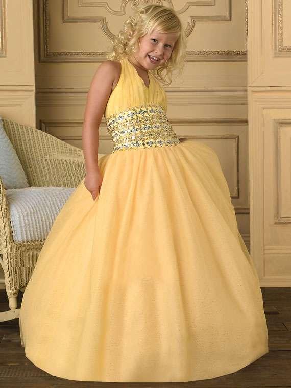 32d095f1c Distribucion vestidos niña tiendas