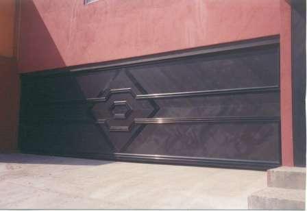 Puertas automaticas para garage y herreria en general