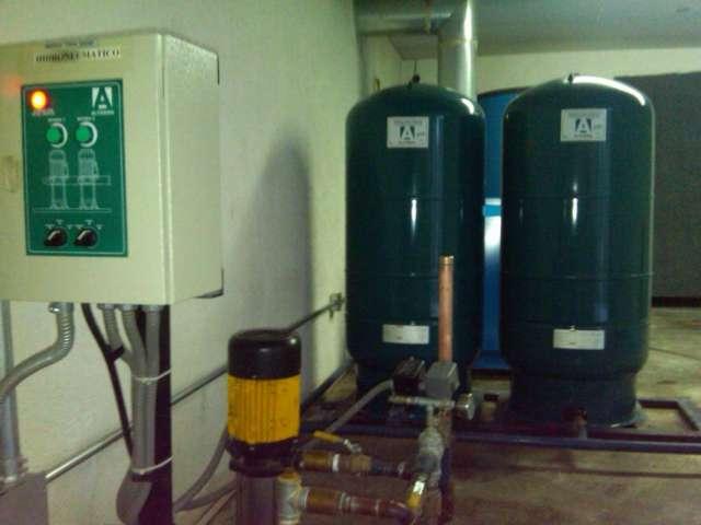 Tableros de control, electronivel,.hidroneumatico y bombas de agua atomaticos
