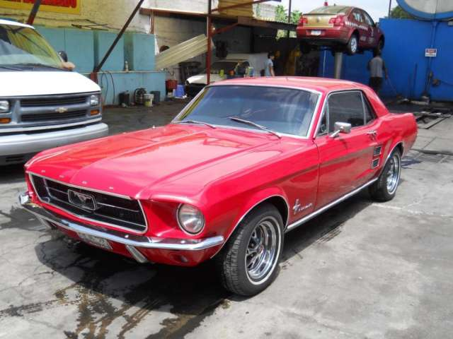 Ford mustang 1967 hard top automatico rojo impecable