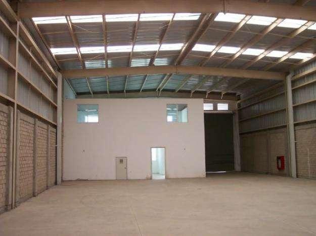 Rento exelente bodega de 480 m2 coyoacan