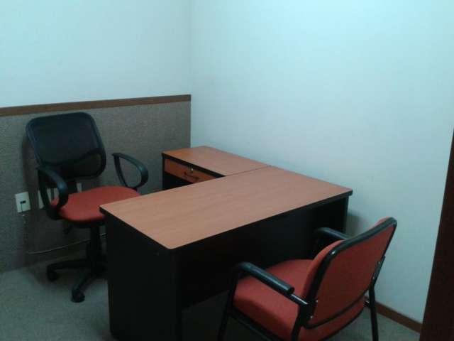 Oficina amueblada para una persona con servicios de primer nivel