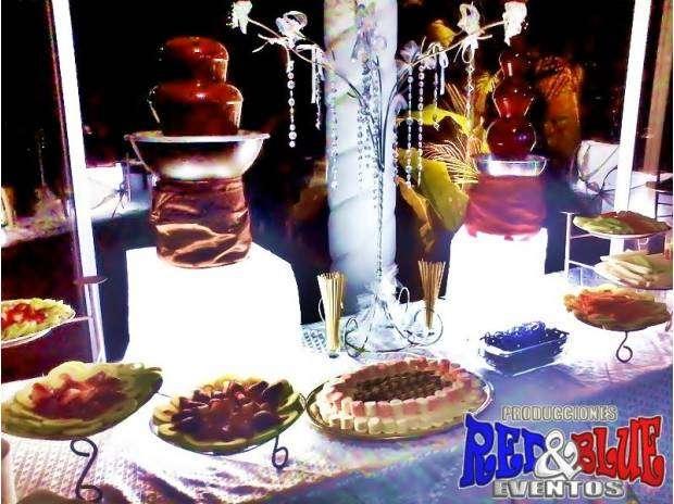 Fuentes de chocolate en monterrey y mesa de dulces y salados