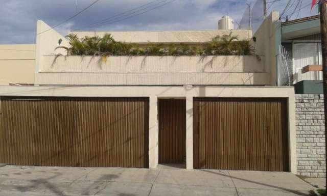 Oficina en renta prados providencia (puerta cerrada)