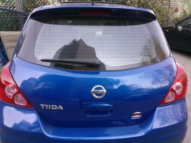 Nissan tiida hb 2010