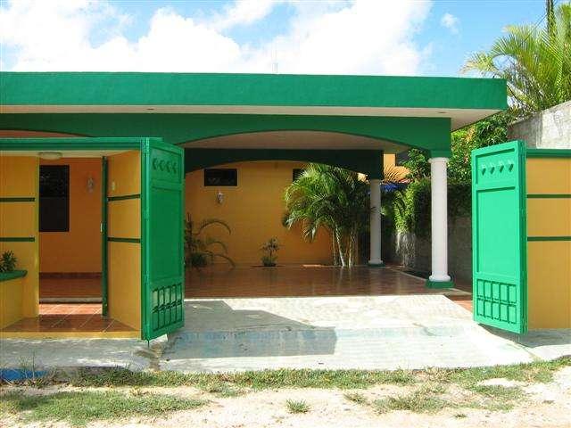 Casa amueblada cerca de plaza altabrisa y periferico norte renta temporal o larga