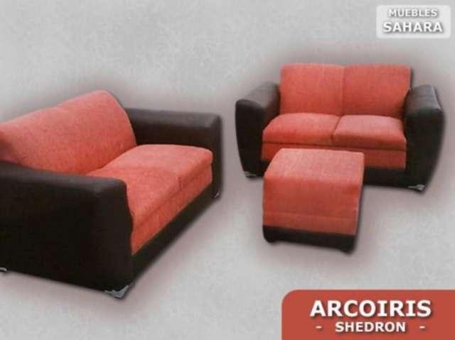 Sala arcoiris cuenta con tres piezas dos love seat y un taburete