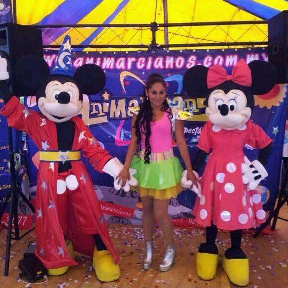 Mimi y mickey mouse show infantil