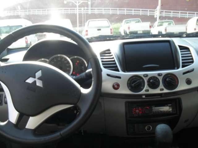 Mitsubishi l200 remato excelente condiciones