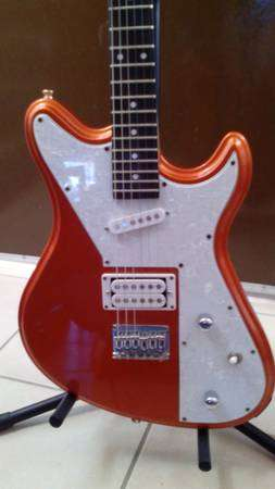 Guitarra electrica peavey retro fire excelente condición
