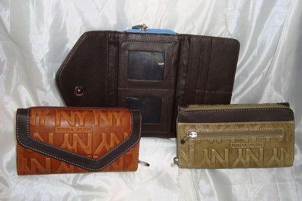 7646aa2de Modernas carteras para dama 100% piel en León - Ropa y calzado | 583358