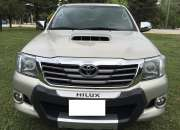 Toyota hilux 4x4x  srv asientos de piel