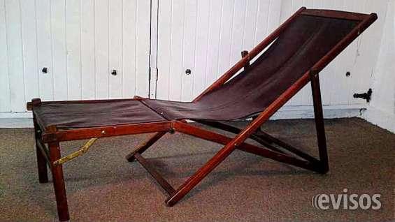 Chaselong plegable en madera y piel de indonesia