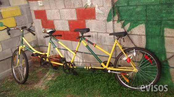 Bicicleta tandem triple, artesanales