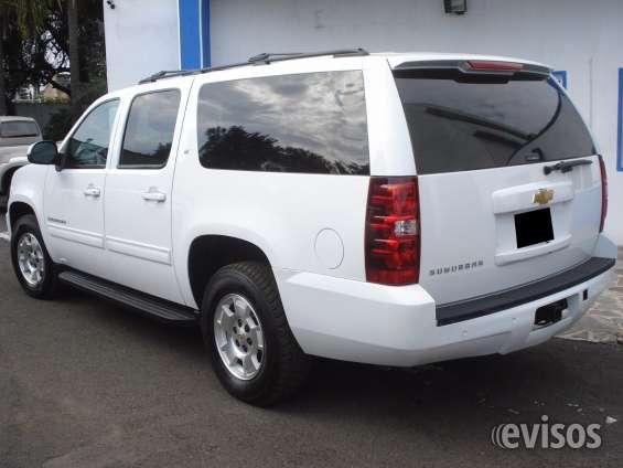 Fotos de Chevrolet suburban . 2