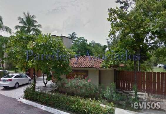 D-213 departamento de cuatro recamaras cerca templo de la cruz en ixtapa
