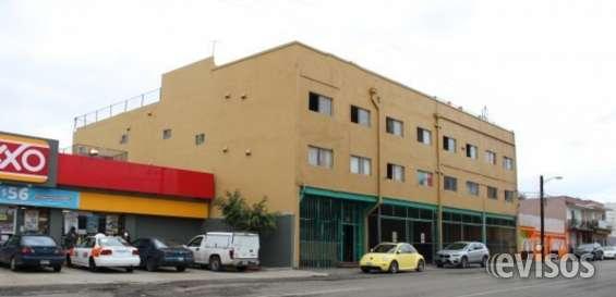 Edificio mixto de 3 niveles en venta