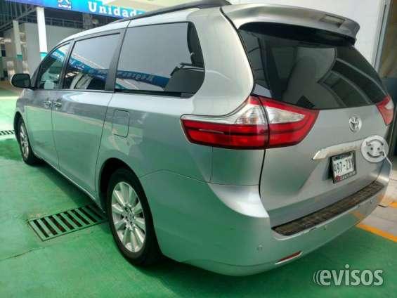 Toyota sienna del año 2014