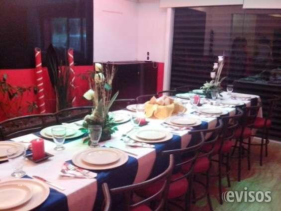 Salones pequeños para eventos navideños