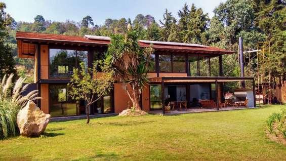 Casas ecológicas con alberca, jacuzzi y bosque cerca de avandaro