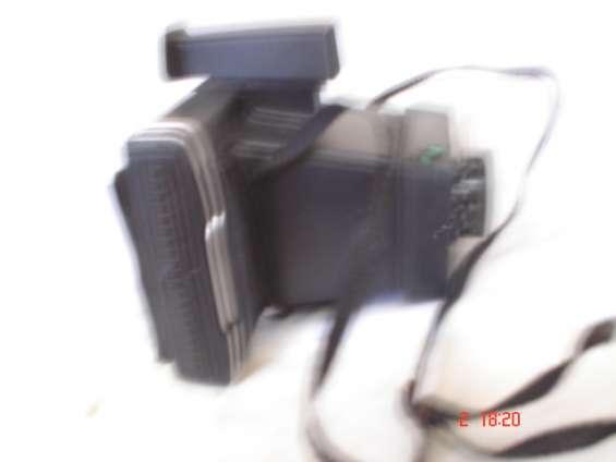 Cámara instantánea polaroid instant 10
