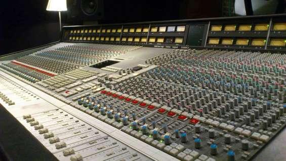 Digitales y analógicos mezcladores behringer soundcraft presonus yamaha midas allen & heat