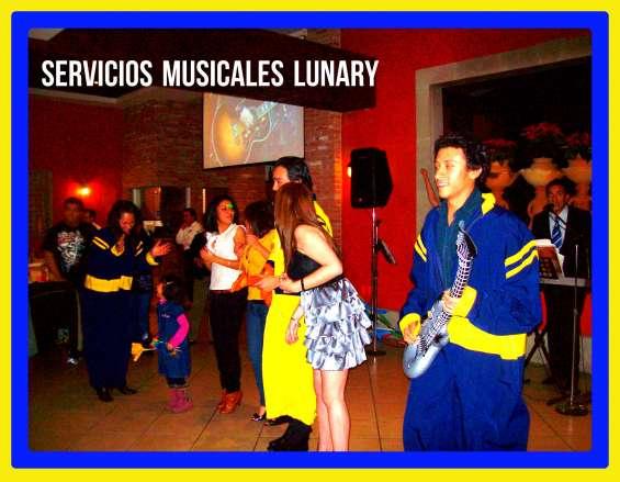 Tecladista versátil para fiestas (dueto lunary )