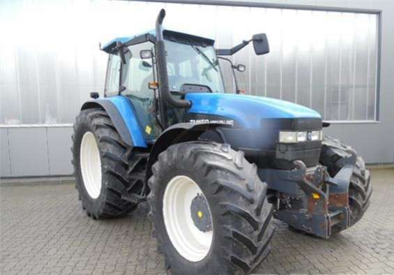 Tractor agricola new holland tm150