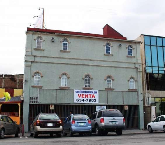 Edificio para clínica en zona centro
