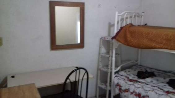 Rento habitaciones a estudiantes o medicos residentes al sur