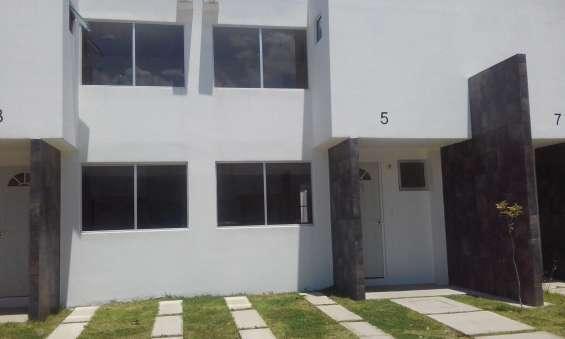 Venta de casas de dos pisos en nicolas romero y 3 recamaras!
