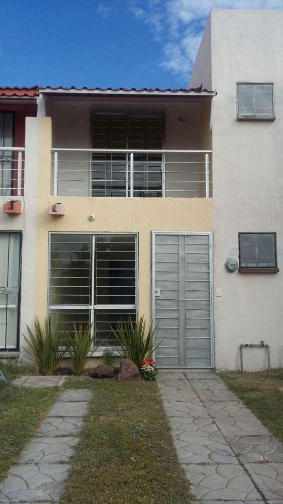 Casa en venta por los agaves en tlajomulco